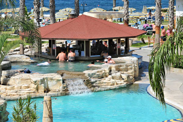Sentido Cypria Bay by Leonardo Hotels - Pool Bar