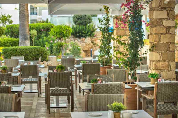 Beautiful outdoor terrace at Mare Restaurant